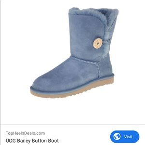 UGG Bailey Button Boots in Light Blue Size 8